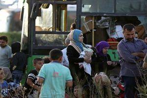 'Đập tan' vòng vây tại Idlib, Quân đội Syria cứu thoát 7000 người