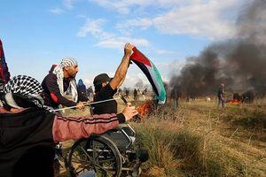 Người dân Palestine tiếp tục biểu tình ở Đông Gaza