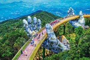 Bàn tay khổng lồ nâng đỡ cây cầu ở lưng chừng núi khiến thế giới bất ngờ