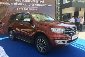 Ford Everest 2018 bất ngờ xuất hiện tại Việt Nam, đe dọa Toyota Fortuner