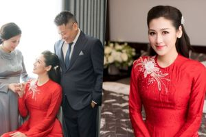 Á hậu Tú Anh rạng rỡ trong tiệc cưới sang trọng với chú rể Gia Lộc
