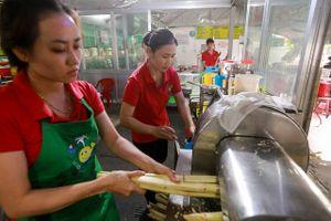 Quán nước mía 25 năm 'tuổi đời' ở vùng ven Sài Gòn, doanh thu 15 triệu đồng/ngày