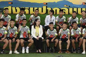 Thái Lan chỉ trích truyền thông nước ngoài do liên tục phỏng vấn đội bóng nhí