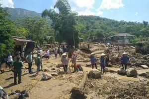 Nhiều bản làng tan hoang sau lũ