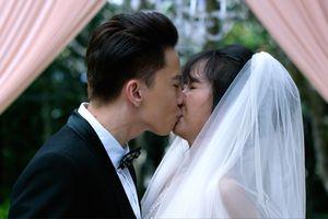 Lấy đi nụ hôn đầu đời của Jang Mi, S.T Sơn Thạch lo sợ điều này