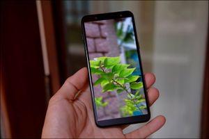 Mở hộp Samsung Galaxy J8 2018, camera kép xóa phông, màn hình tràn viền, giá 7,29 triệu đồng