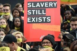 Hơn 400.000 người Mỹ đang sống trong cảnh 'nô lệ hiện đại'