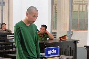 Kẻ 'ngáo đá' gặp ai cũng chém lãnh 14 năm tù
