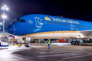 Cùng là hãng 4 sao, Vietnam Airlines thua Thai Airways tới 40 bậc