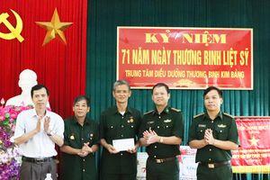 Bộ Tư lệnh BĐBP thăm, tặng quà các Trung tâm Điều dưỡng thương binh nặng