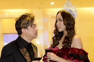 Nghệ sĩ Chí Tài: 'Vợ không ghen dù vây quanh tôi toàn mỹ nhân'