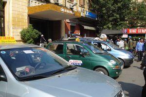 Xử lý taxi dù, nhái thương hiệu tại TP Hồ Chí Minh