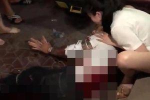 Nhân chứng kể lại phút nam thanh niên bị 2 kẻ bịt mặt chém tàn bạo