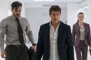 Tom Cruise bị chấn thương nghiêm trọng vì cú nhảy giữa không trung