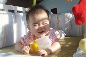 Cách phơi nắng giúp trẻ tổng hợp vitamin D hiệu quả