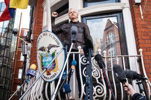Nhà sáng lập Wikileaks sẽ bị ép rời khỏi Sứ quán Ecuador ở Anh