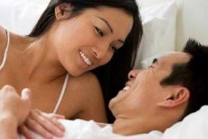 Sợ chồng ngoại tình, vợ dùng chiêu phòng the 'ép khô' chồng trên giường