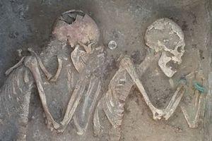 Bí ẩn về bộ hài cốt vợ chồng bên nhau suốt 5.000 năm