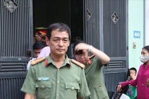 Cận cảnh khám xét nơi ở, nơi làm việc của 5 cán bộ sở GD&ĐT Sơn La
