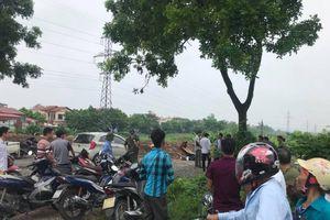 Một nam thanh niên tử vong bên cạnh xe máy