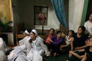 Vụ 13 người tử vong khi rước dâu: Những đứa trẻ mồ côi biết nương tựa vào đâu để nuôi tiếp giấc mơ học hành?