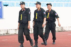 Cảnh sát cơ động xuất hiện ở buổi tập của U23 Việt Nam