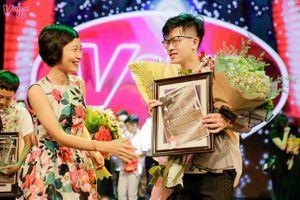 Nam sinh Việt Đức giành ngôi quán quân cuộc thi hát tiếng Anh Voice Up 2018