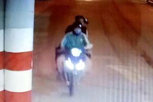 Vụ tài xế xe ôm Grab bị cướp sát hại ở Bình Dương: Trích xuất camera truy tìm hung thủ