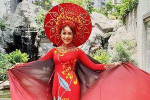 Miko Lan Trinh lọt Top 5 tài năng tại cuộc thi Hoa tỉ Sắc đẹp Quốc tế