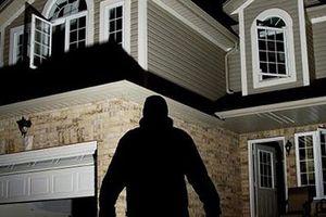 Một đại gia ở TPHCM trình báo trộm đột nhập nhà 'khoắng' gần 2 tỷ