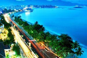 Khánh Hòa bàn kế hoạch gì cho chương trình Năm du lịch quốc gia 2019?