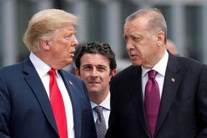 Mỹ chính thức trừng phạt, Ankara nói lời phũ phàng