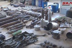 Quân đội Syria chiếm lượng lớn vũ khí của phe thánh chiến đầu hàng ở Đông Ghouta, Damascus
