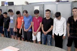 Bắt 5 nghi can vác súng, mã tấu hỗn chiến ở Nha Trang