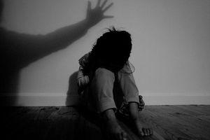 Lâm Đồng: Bắt cán bộ tư pháp nhiều lần giao cấu với bé gái 14 tuổi