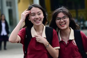 Sau ngày lọc ảo đầu tiên, điểm chuẩn dự kiến của các trường giảm mạnh
