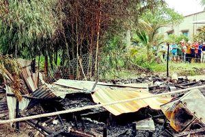 Chồng chém vợ, đốt nhà hại chết 2 người do mâu thuẫn tình cảm