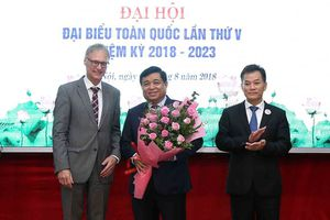 Bộ trưởng Nguyễn Chí Dũng được bầu làm Chủ tịch Hội hữu nghị Việt Nam - Đức