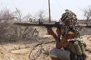 Chiến binh Houthi tung đòn diệt 35 lính, phá hủy xe cơ giới liên quân Ả rập Xê út