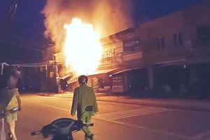 Đà Lạt: Cháy 3 căn nhà đối diện ga Trại Mát