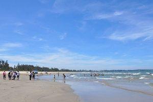 3 tân sinh viên đuối nước: Sự sơ sài công tác cứu hộ ở bãi biển Mỹ Khê