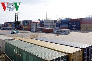 Hàng nghìn container hàng hóa tồn đọng tại các cảng biển