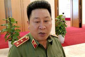 Chủ tịch nước giáng bậc hàm tướng Bùi Văn Thành