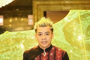 Nhà thiết kế Tạ Linh Nhân làm giám khảo chung kết cuộc thi Tìm Kiếm Thiên Tài Nhí 2018