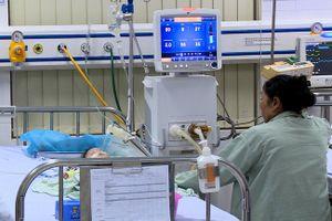 Khởi tố vụ bé 8 tháng tử vong do điều dưỡng tiêm nhầm thuốc