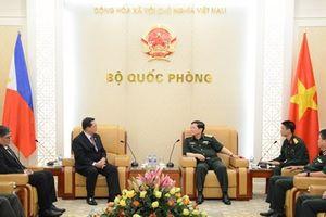 Việt Nam và Philippines thúc đẩy hơn nữa quan hệ hợp tác quốc phòng