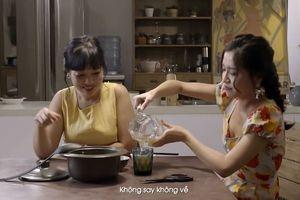 Nữ ca sĩ Bích Phương từng vắt váy lên vai đi về nhà khi say