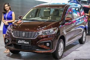 'Soi' Suzuki Ertiga 7 chỗ giá chỉ 800 triệu sắp về Việt Nam