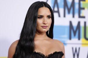 Demi Lovato hủy tour diễn để tập trung cai nghiện