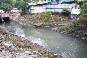 Người dân khắc khoải sống chung với mương nước ô nhiễm